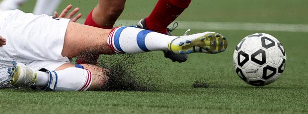 Players prefer natural turf