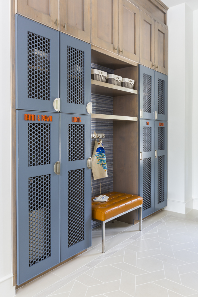 Industrial vintage mudroom by Laura U Interior Design
