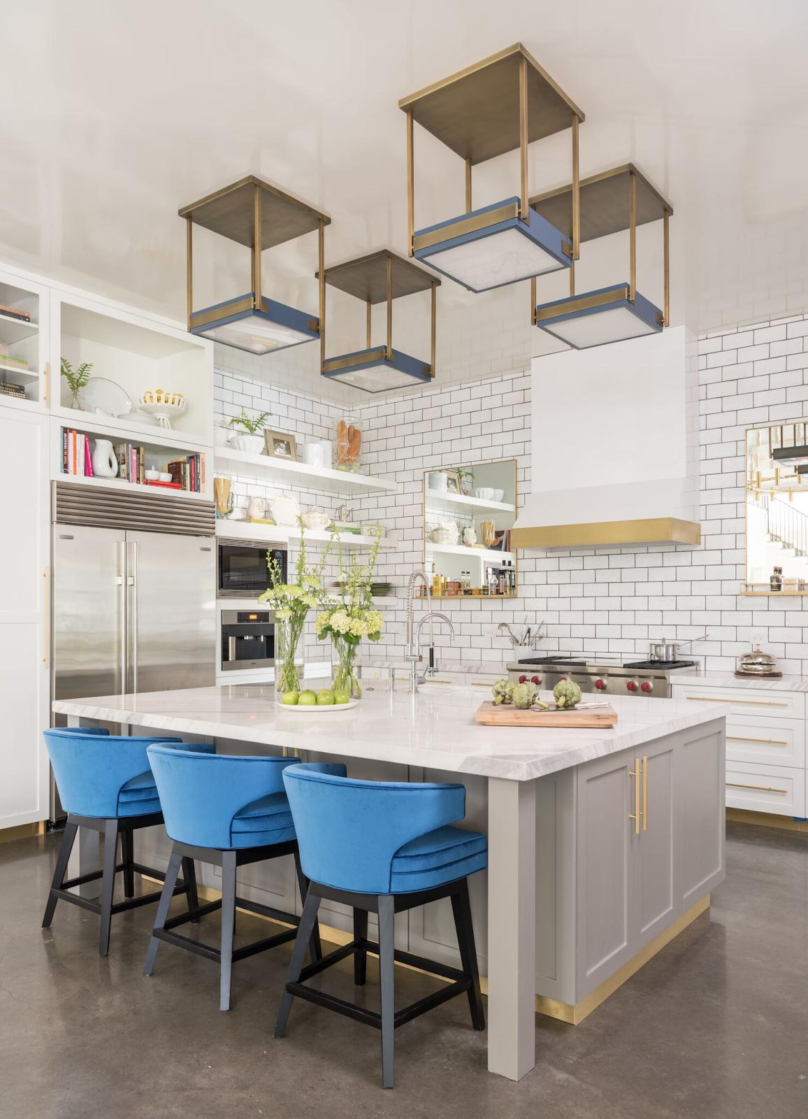White subway tile modern kitchen by Laura U Interior Design