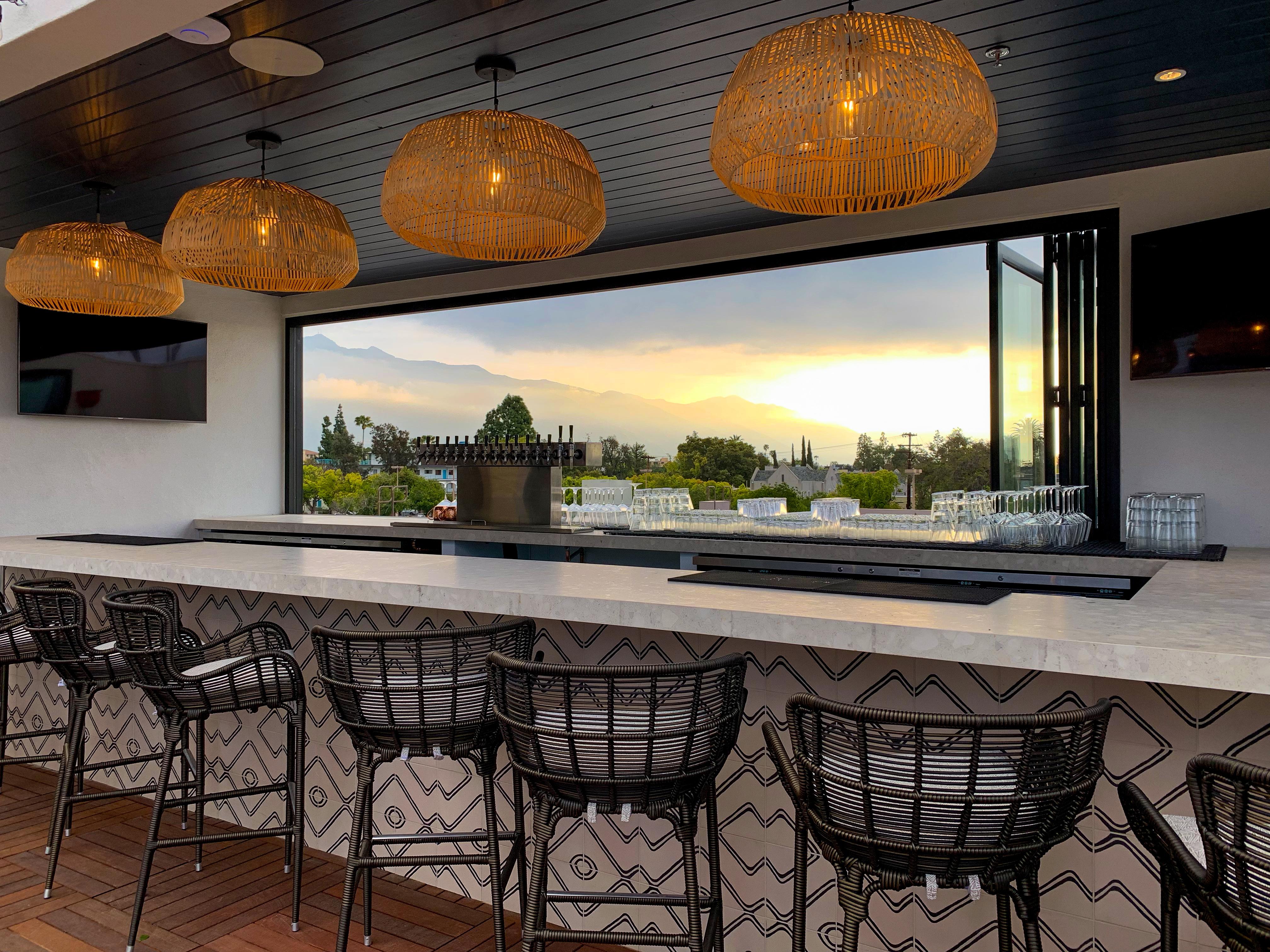 5 Best Outdoor Patio Bars in Pasadena for Summer on Backyard Bar id=79596