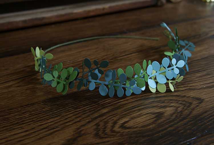Trendy Flower and Leaf Garland Headband Tutorial: Step 5